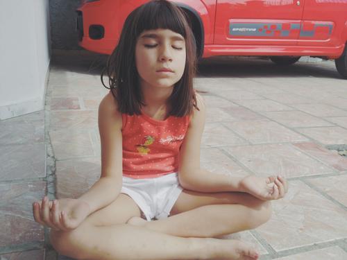 Meditacion en las escuelas. Yo amo meditar